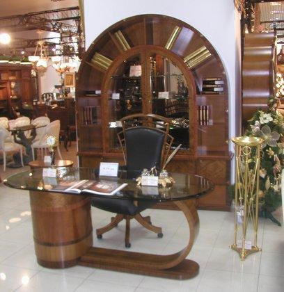 Столы журнальные деревянные
