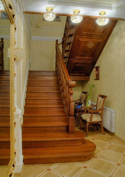 лестница с зашивкой